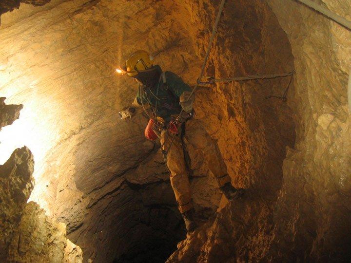 Самые большие, высокие и глубокие. Пещера Крубера-Воронья