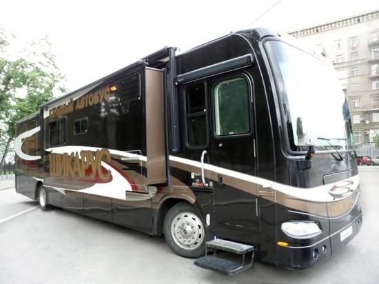 длинный автобус