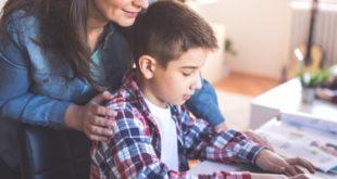 nakanune uchebnogo goda uchitelya i roditeli obsudyat sovremennye vyzovy v obrazovanii
